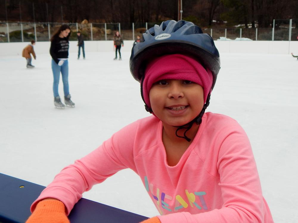 field trip-ice skating-payton semple-wilson (2)